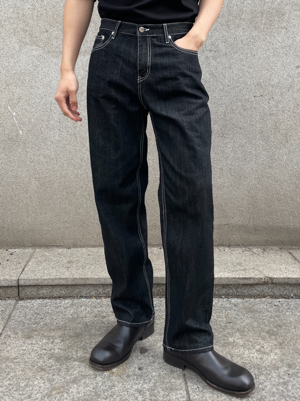 Slow Loose Fit Stich Denim Pants